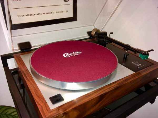 Collaro precision mat on a Linn turntable