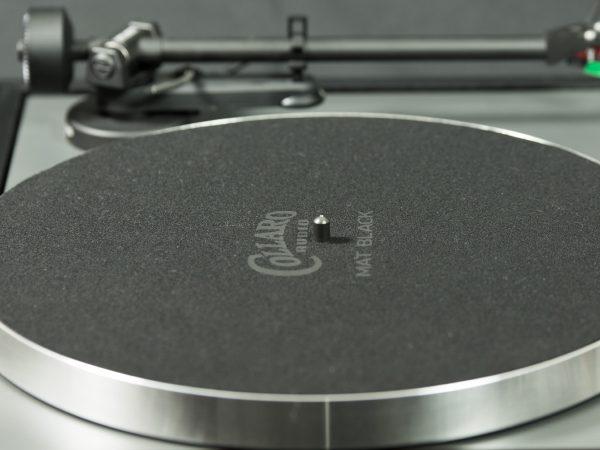 Mat Black precision cloth turntable mat on a Linn Axis Mk1 turntable - image
